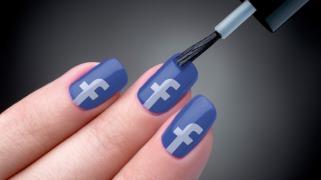 facebook-nail-polish